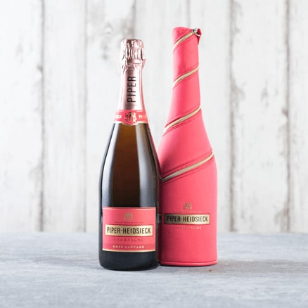 Piper-Heidsieck Rosé Sauvage Champagne (Gift Wrap)